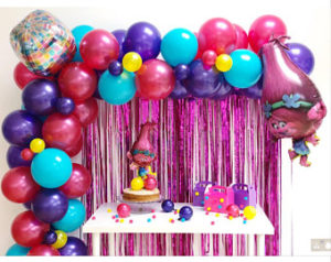 Trolls balloon decoration
